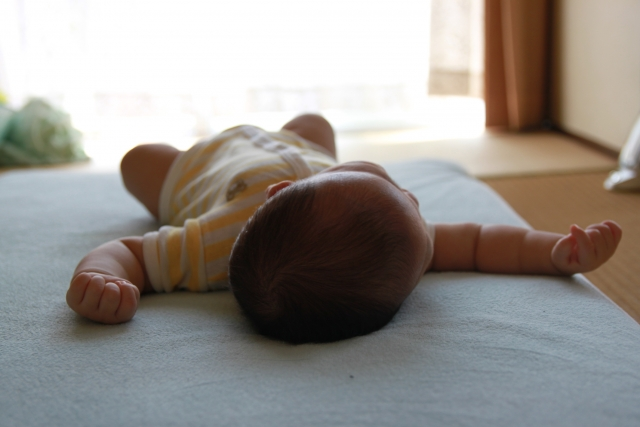 赤ちゃん昼寝